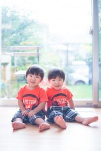 1才10ヶ月の双子たち